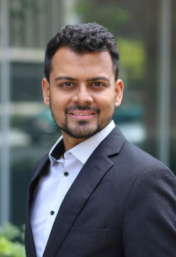 Dr Vivek Mishra