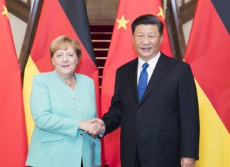 Xi Jinping and Angela Merkel