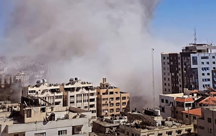 Israel bombed the press offices in Gaza Strip
