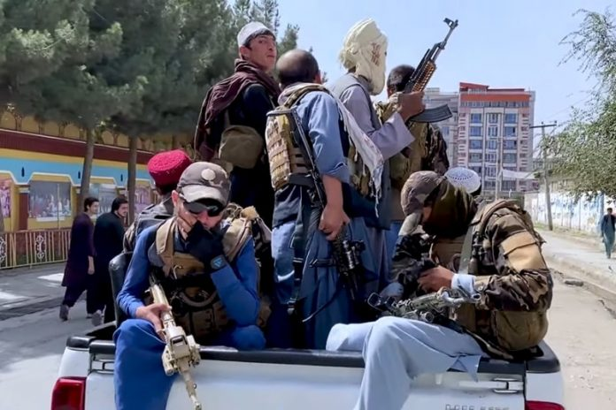 Taliban fighters entering Kabul